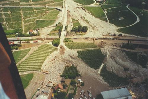 Photo aérienne du couloir du Pissot, après la catastrophe du 14 août 1995.