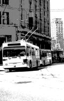 Illustration artistique du chapitre Mobilité par une photo noir-blanc postérisée d'un bus des transports publics lausannois
